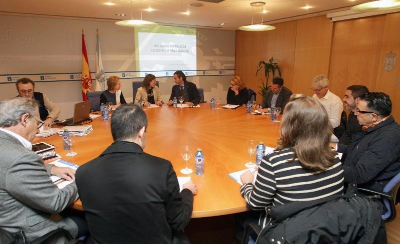 Xuntanza entre a CMATI e o COAG sobre o Anteproxecto de Lei do Solo