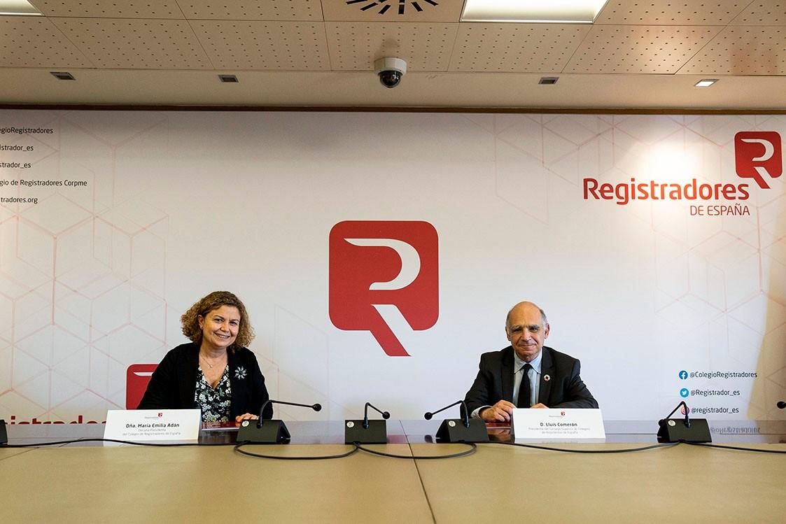 Registradores y arquitectos firman un convenio para facilitar la inscripción de documentos en los registros de la propiedad